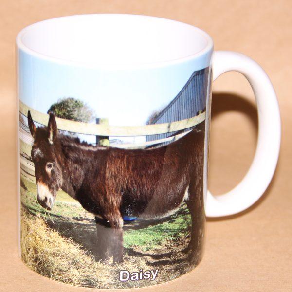 Mug-with-image-of-Daisy